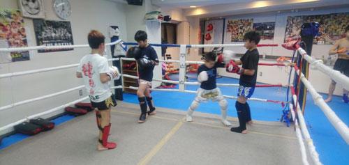 八王子駅・西八王子駅のキックボクシングジム尚武会キッズ